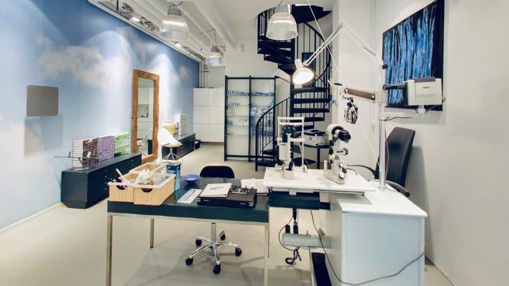 AC Optik, Optiker i Rosengårdscentret: Linserum